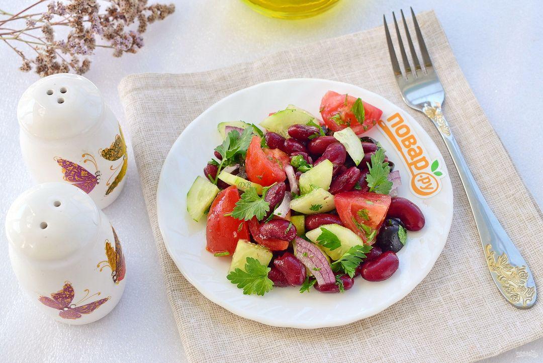 Иберийский салат из красн...